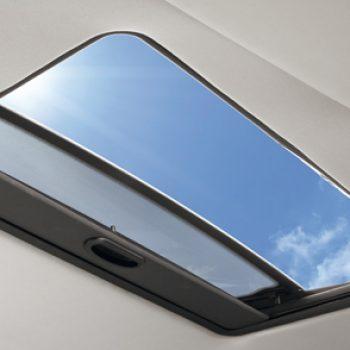 Instalação Teto Solar Hollandia 300