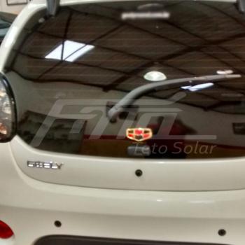 Geely 2016 com Teto Solar H300 NSG Confort