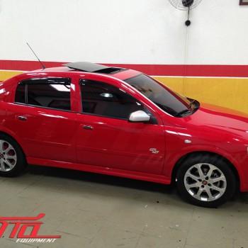 Chevrolet Astra com Teto Solar Webasto Hollandia 300 Deluxe Largo