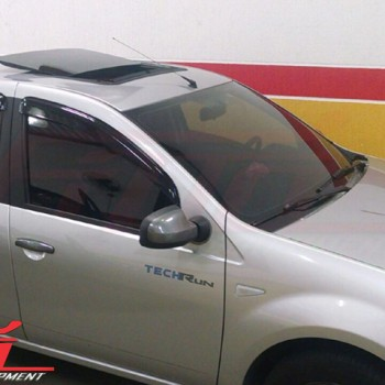 Renault Sandero com Teto Solar Webasto Hollandia 300 NSG